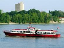 Napközben is jár a D12-es hajójárat 0da6067758